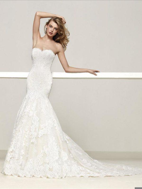 Pronovias Wedding Dress Mermaid strapless wedding dress