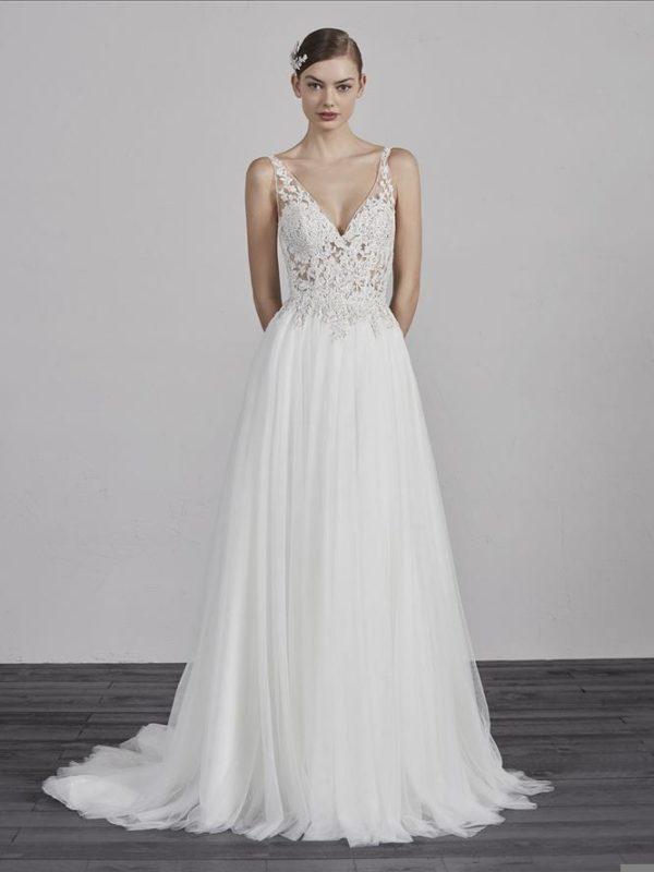 Pronovias Wedding Dress boho weddng dress romantic wedding dress