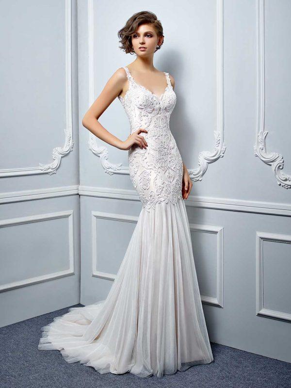 Enzoani Wedding Dress Low back wedding dress