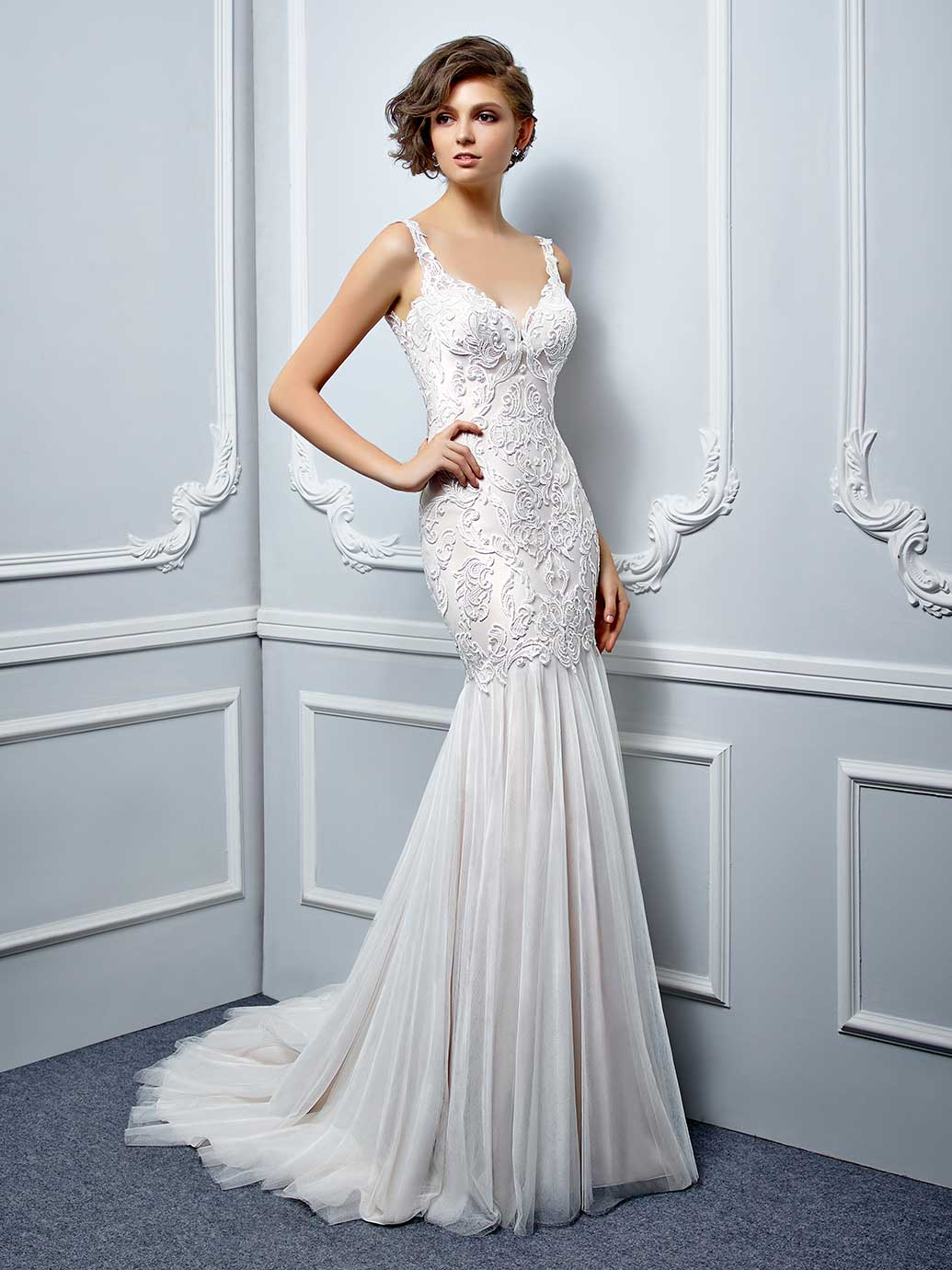 Enzoani Wedding Dress Low back wedding dress