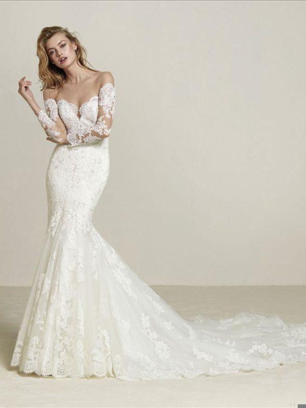 Pronovias Wedding Dress Drilia Off shoulder wedding dress
