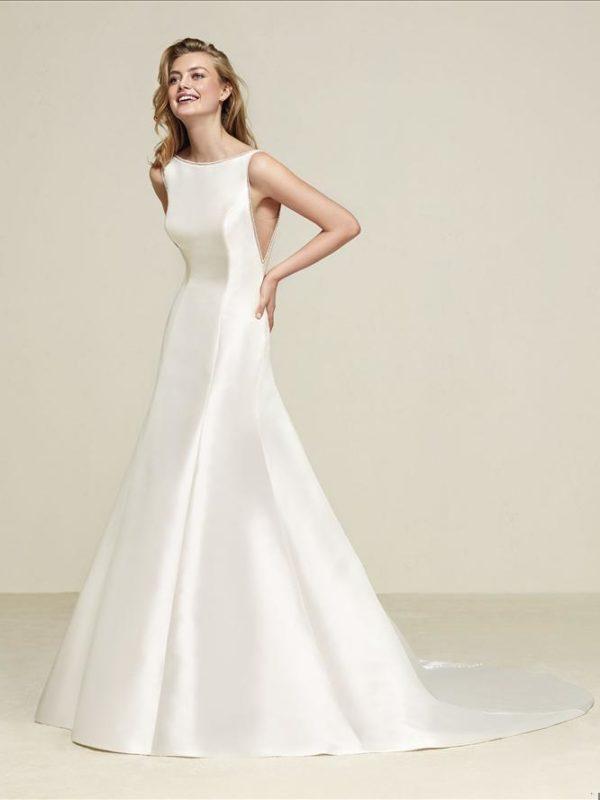 Pronovias Wedding Dress Druna Mikado Silk Wedding Dress