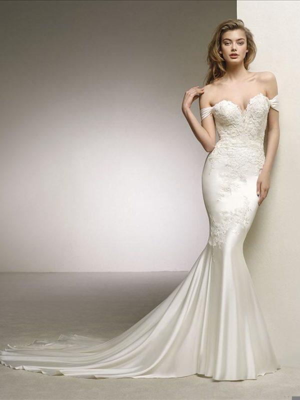 Pronovias Wedding Dress DANTE-B-PV18_748_888_Branded