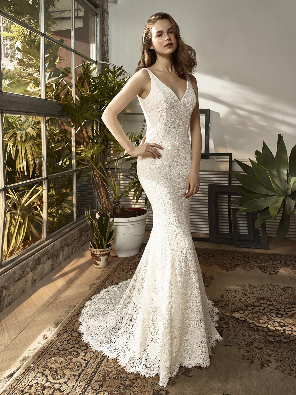 Enzoani Beautiful Wedding Dress