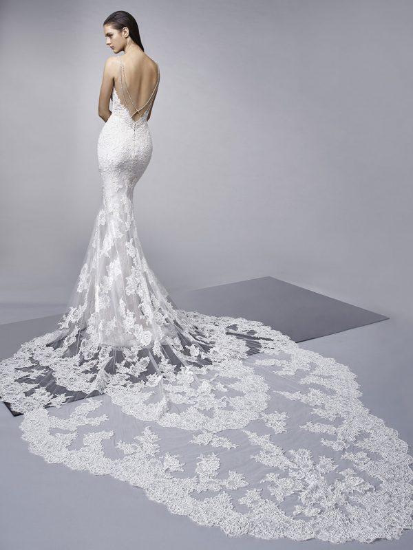 Enzoani Wedding Dress Mercedes Sexy wedding dress low back wedding dress long tail wedding dress