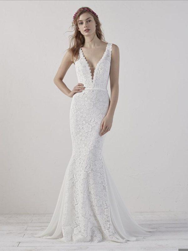 Pronovias Wedding Dress, V neck mermaid wedding dress, lace tatoo back wedding dress