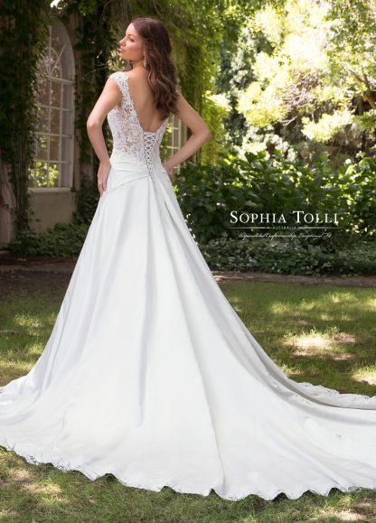 Sophia TOlli Wedding Dress Y21814