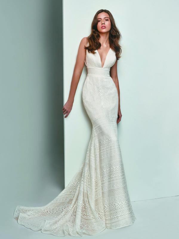 Enzoani Beautiful BT19-12 Mermaid wedding dress Deep V neck wedding dress