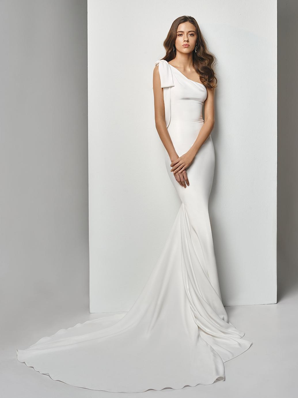 Enzoani Wedding Dress BT19-06 Plain mermaid wedding dress one shoulder wedding dress