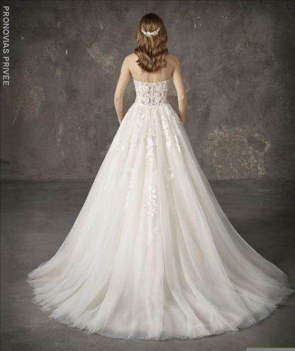 Pronovias Wedding Dress Nalon Pronovias strapless ball gown