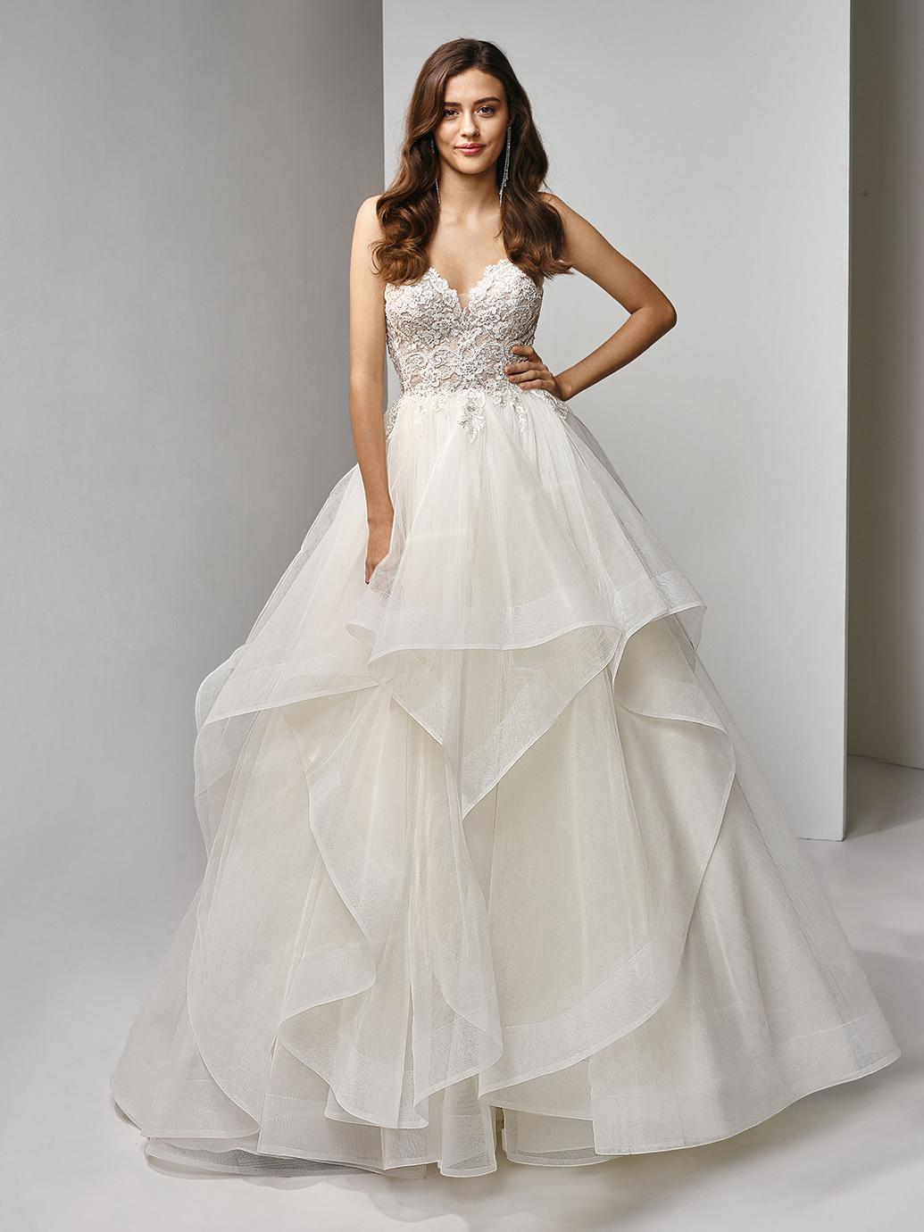Enzoani Beautiful Wedding Dress BT19-09 BT19-9 Strapless wedding dress romantic wedding dress layered wedding dress
