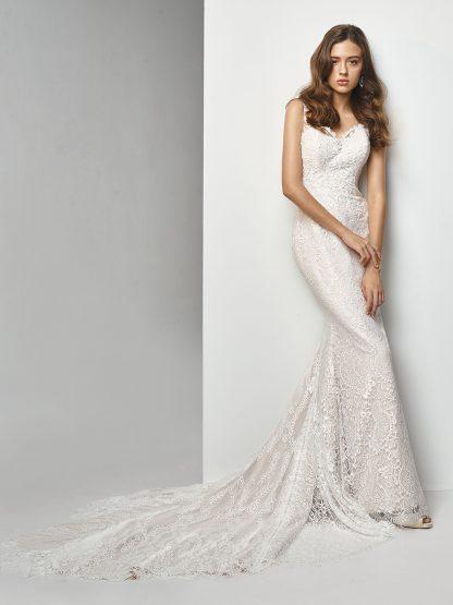 Enzoani Wedding Dress MT0680, Mermaid wedding dress, fit and flare wedding dress, low back wedding dress, strap wedding dress, lace wedding dress BT19-04