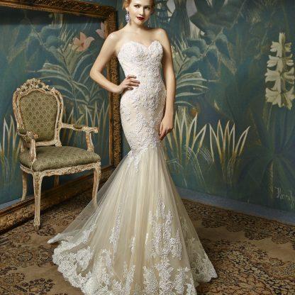 Enzoani Wedding Dress Mermaid, Strapless Mermaid wedding dress, beaded wedding dress, sweet heart neckline wedding dress,